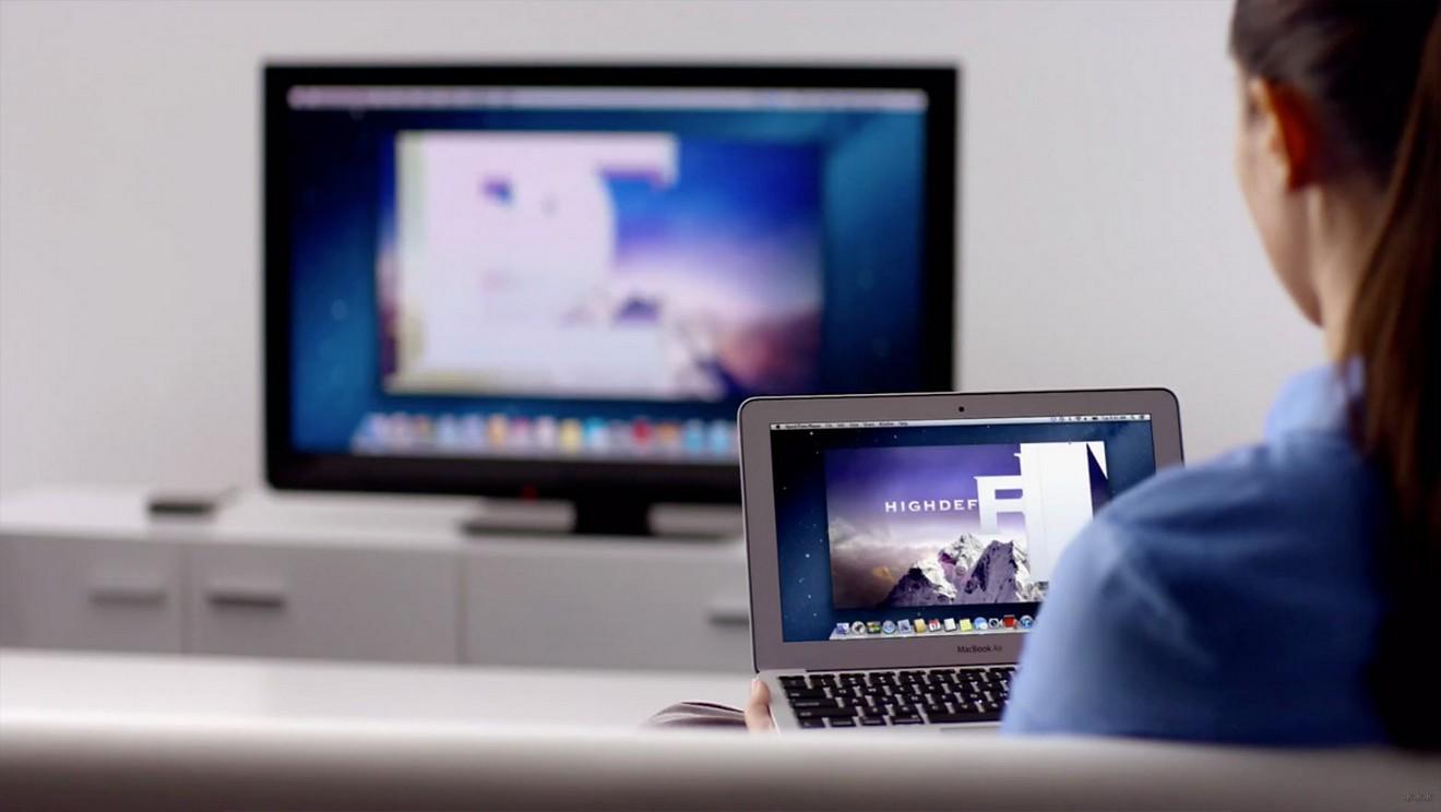 Как смотреть фильмы на телевизоре через компьютер: Wi-Fi и кабель, инструкции
