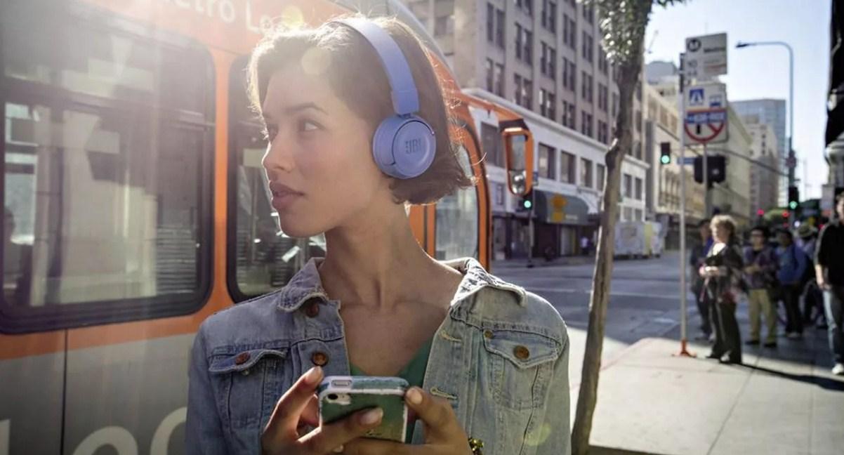 Беспроводные Bluetooth наушники для компьютера и телевизора