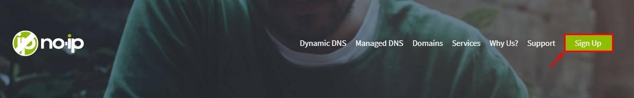 Главная страница в No-IP - кнопка регистрации Sign Up