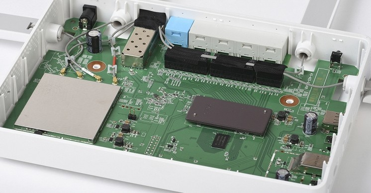 Внутренние платы, чипы и Wi-Fi модуль Zyxel Keenetic Giga KN-1010