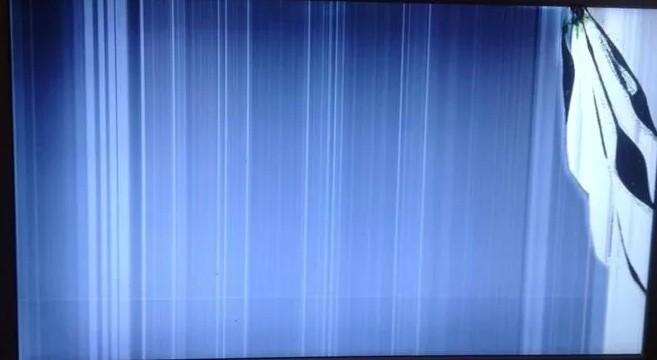 Полосы на экране монитора компьютера и ноутбука: горизонтальные и вертикальные