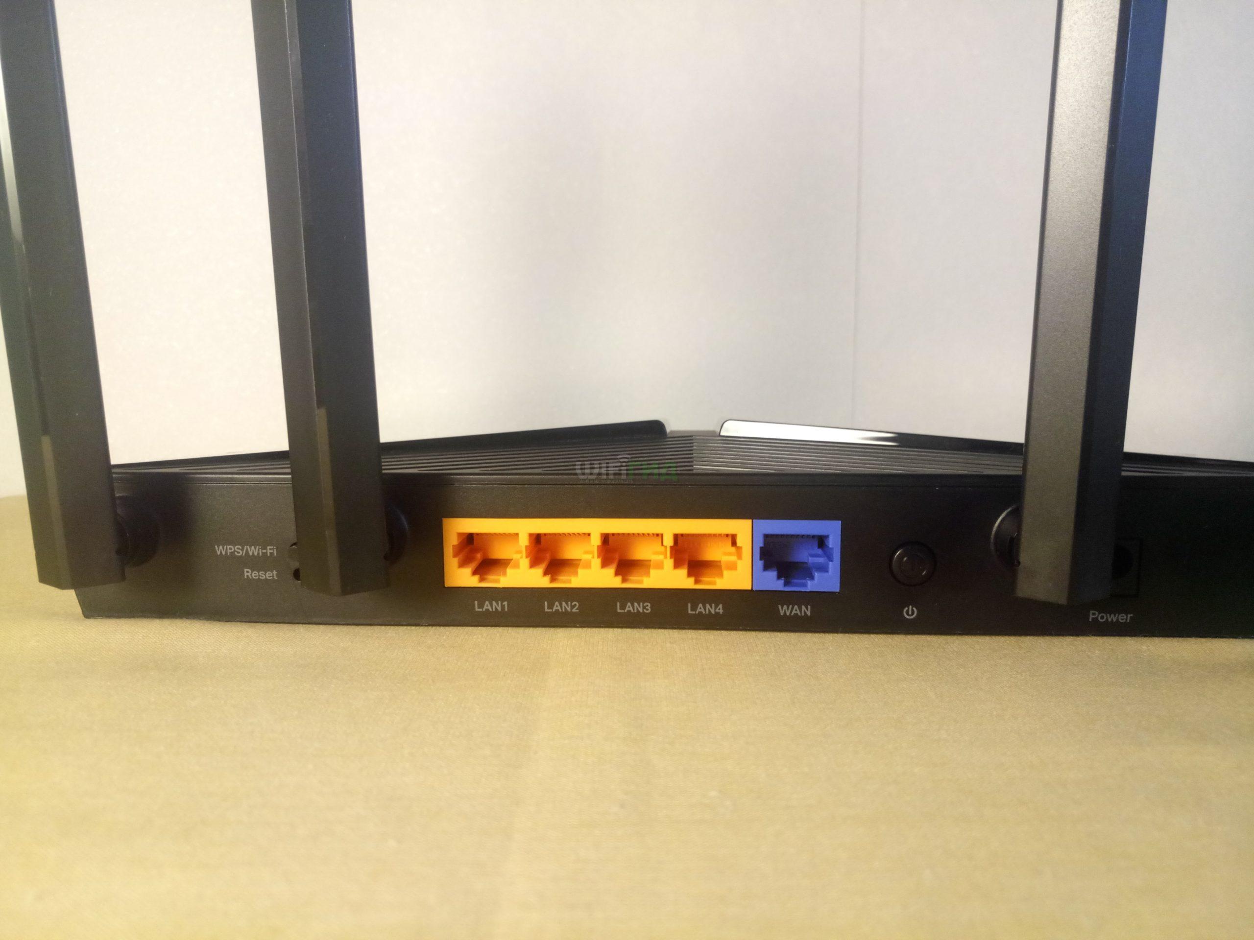Задняя панель TP-Link AX10